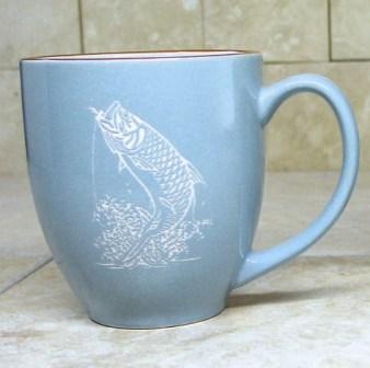 BM10117E.TRP - 16oz Savannah Blue With Brown Trim  Bistro Mug - Sand Carved Tarpon #BM10117E.TRP