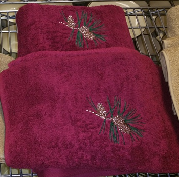 EM10332.BURG.PINE3 - 3pc 100%  Combed Cotton Towel Set -  Burgundy - Pine Cone #EM10332.BURG.PINE3