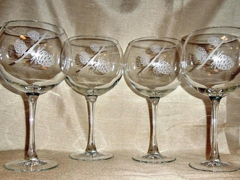 GP10137E.LPP - Balloon Wine Glass 19oz. - Sand Carved - Cones  (Set of 4) #GW10137E.LPP