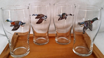 GP10319.WFLA - 19oz Conical Schooner Pub Glass  - Waterfowl Series (Set of 4) #GP10319.WFLA