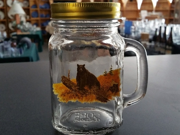 GW10320.LBB - 16oz. Square Mason Drinking Jar - Bear on Log #GW10320.LBB