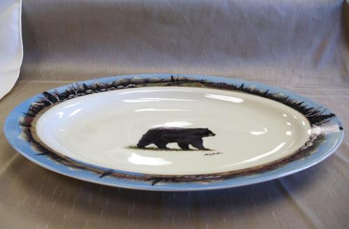 WRP797.BLKB - Wide Rim Ivory Glaze Oval Black Bear Platter with Mountain Scenic Rim #WRP797.BLKB