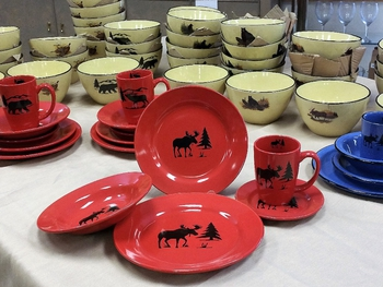 MOSS - 20pc Crimson Red Moose and Tree Silhouette Dinnerware Set (4 place settings) (WS10316.MOSS) Design Impressions Inc. dba Anglers Expressions & MOOSE WS10316.MOSS - 20pc Crimson Red Moose and Tree Silhouette ...
