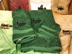 EM10334.BERS - 3pc 100%  Cotton Towel Set -  Forest Green - Bear Silhouette EM10334.BERS