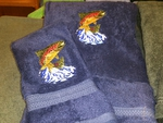 EM10333.RVB.JTRT - 3pc 100%  Rayon from Bamboo Towel Set -  River Blue - Jumping Rainbow EM10333.RVB.JTRT