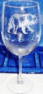 GW10123E.BLKB - White Wine Glass 19oz. - Sand Carved -Standing Bear GW10123E.BLKB