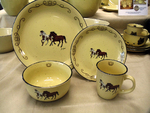 LC10032.HROPLAR - 16pc Lodge Collection Bay Overo Paint Horse Dinnerware Set LC10032.HROPLAR