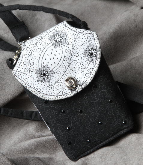 Black and White Patch Cell Phone Purse CP3405