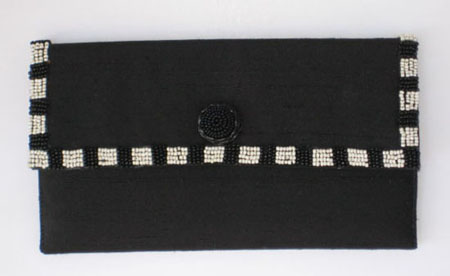 Black & White Beaded Clutch EO3102B