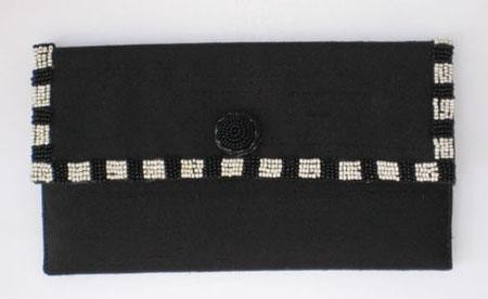 Black & White Beaded Clutch #EO3102B