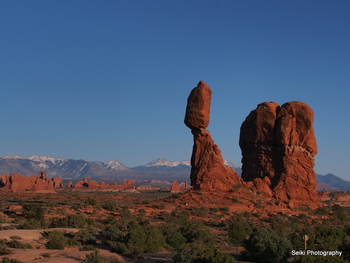 Balanced Rock-2 #36-P4230045