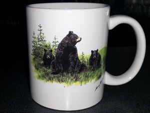 CH112.LBF - 11 OZ C-Handle Bear and Cubs Mug  CH112.LBF