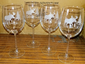 GP10123E.MOSS - 19oz. Tulip White Wine  - Sand Carved Moose Silhouette (Set of 4) GP10123E.MOSS