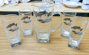 GP10192.JBAS.Jumping Bass Sq Pitcher and Sq Beverage Glasses (5 pc set) GP10192.JBAS