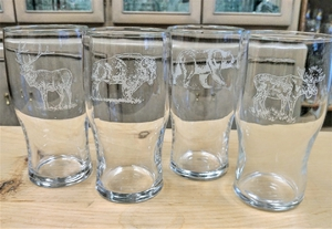 GP10319E.JHWY - 20oz Conical Schooner Pub Glass  (set of 4) - Engraved -  Big Game Animal Series GP10319E.JHWY