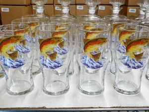 GP10319.JTRT - 20oz Dancing Rainbow Conical Schooner Pub Glass (Set of 4) GP10319.JTRT