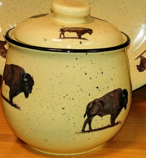 Lodge Collection Large Cookie Jar - Signature Series - Buffalo LCCJ.BUF