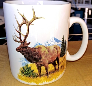 SM114.LEM - Bright White Super Sized Scenic Rocky Mountain Elk 30oz. Mug SM114.LEM