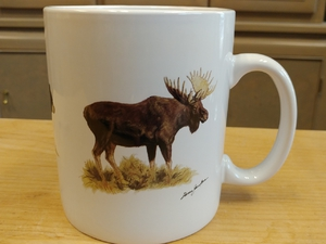 SM114.MIDI - Midwest Big Game Animal Series (Moose, Bear and Whitetail) Super Sized White 30oz. Mega Mug SM114.MIDI