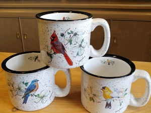 TM10178.SNGA - 15oz Song Birds White Trail Mug TM10178.SNGA