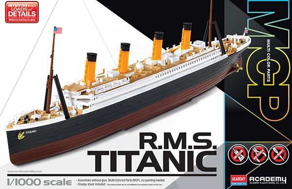 RMS Titanic Ocean Liner (Snap) #ACY14217
