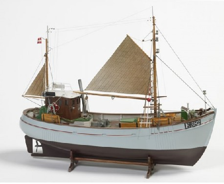 Mary Ann Double-Masted Fishing Boat (Intermediate) #BBT472