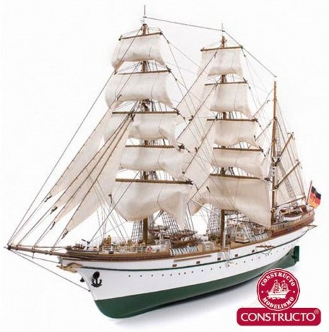 Gorch Fock 3-Masted German 1958 Training Ship w/painted plastic hull (Intermediate) #CNS80570