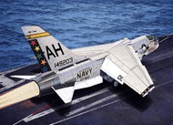 Academy  1/72 F-8E VF162 The Hunters USN Fighter ACY12521