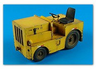 AeroBonus by Aires  1/32 US DMC Logan T40 Tow Tractor ABN320020