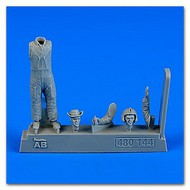 AeroBonus by Aires  1/48 US Army Helicopter Pilot Vietnam War 1960-75 ABN480144