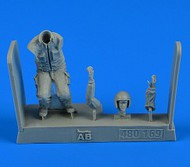 AeroBonus by Aires  1/48 Warshaw Pact Aircraft Mechanic #5 (Knees Bent) ABN480169