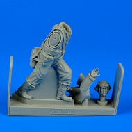 AeroBonus by Aires  1/32 WWII RAF Fighter Pilot (Standing as pushing) ABN320066