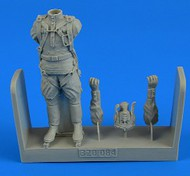 AeroBonus by Aires  1/32 WWII Soviet Pilot (Standing) ABN320084