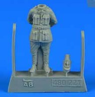 AeroBonus by Aires  1/48 WWI French Pilot #1 (Standing, Hands behind Back) ABN480221