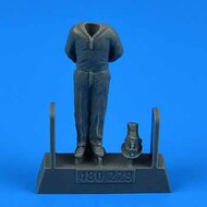AeroBonus by Aires  1/72 WWII German Submarine Type VIIC Kriegsmarine Ceremony Sailor #1 for TSM ABN480229