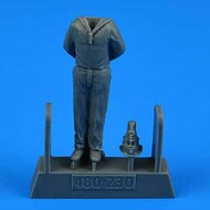 AeroBonus by Aires  1/72 WWII German Submarine Type VIIC Kriegsmarine Ceremony Sailor #2 for TSM ABN480230
