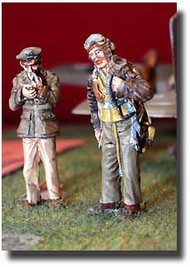 Airwaves  1/48 Collection - WWII USAF Pilot standing AW06
