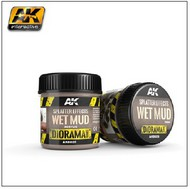 AK Interactive  AK Diorama Series Diorama Series: Splatter Effects Wet Mud Acrylic 100ml Bottle AKI8026