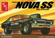 AMT/ERTL  1/25 1972 Chevy Old Pro Nova SS AMT1142