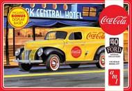 Coca-Cola 1940 Ford Sedan Delivery Van #AMT1161