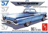 AMT/ERTL  1/16 1957 Ford Thunderbird AMT1206
