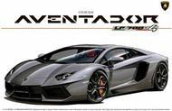 Aoshima  1/24 Lamborghini Aventador LP700-4 Sports Car w/Full Engine Detail (Re-Issue) AOS1424