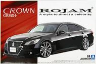 Aoshima  1/24 2012 Toyota Crown GRS214 4-Door Car AOS50965