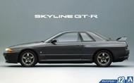 Aoshima  1/24 1989 Nissan Skyline GT-R 2-Door Car w/Spoiler AOS51634