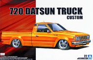 Aoshima  1/24 1982 Nissan 720 Datsun Custom Pickup Truck AOS53355