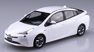 Aoshima  1/35 1/32 Toyota Prius Car (Snap Molded in White) AOS54161