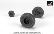 Armory  1/48 Sikorsky UH-60 Black Hawk wheels w/ weighted tires - Pre-Order Item ARAW48329