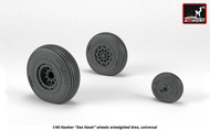 Armory  1/48 Hawker Sea Hawk wheels with weighted tires, universal - Pre-Order Item ARAW48415