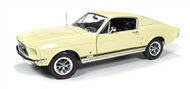 Autoworld Diecast  1/18 '67 Ford Mustang Gt 2+2 Gld AUT1038