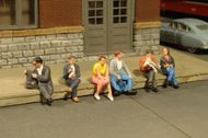 Bachmann  HO Scenescapes Passengers Sitting (6) BAC33111